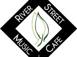 River Street Music and Cafe