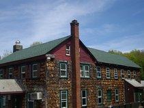 Up A Creek Inn
